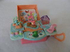 Hasbro Littlest Pet Shop Teeniest Tiniest Pet Shop - Reptiles 90s Kids Toys, Lps Toys, Good Old, Pet Shop, Reptiles, Childhood Memories, Random Things, Oc, Nostalgia