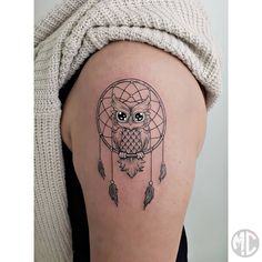 Then definitely check out these lovely and unique dreamcatcher tattoos. Cute Tattoos, Beautiful Tattoos, Body Art Tattoos, Hand Tattoos, Tattoos For Guys, Owl Tattoos, Tatoos, Sleeve Tattoos For Women, Tattoos For Women Small