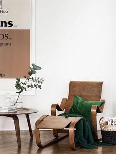 hey-if-only: Source: Elle Decor Elle Decor, Eames, Vintage Furniture, Furniture Design, Vintage Chairs, Living Room Designs, Living Room Decor, Living Rooms, Wood Interiors