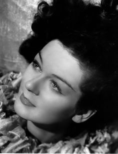 Picture of Rosalind Russell Hollywood Glamour, Hollywood Heroines, Old Hollywood Movies, Old Hollywood Stars, Golden Age Of Hollywood, Vintage Hollywood, Classic Hollywood, Old Movie Stars, Classic Movie Stars