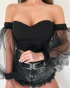 Fashion autumn Women's Off Shoulder Bubble Sleeve Crop Tops Gauze Blouses Ladies Elegant Mesh Shirt Blusas Tops 40071 Trend Fashion, Look Fashion, Fashion Outfits, Fashion Women, Fashion Styles, Fashion Fashion, Fashion Online, Fashion Design, Sexy Blouse