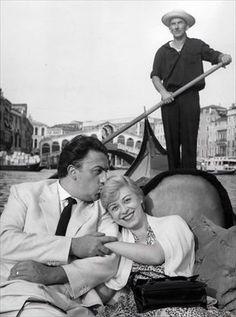 Federico Fellini e Giulietta Masina, by Mario De Biasi