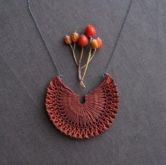 new necklace I  //Tinctory