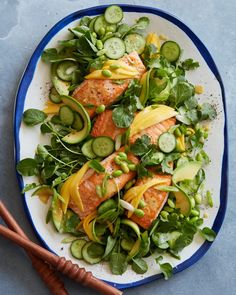 Loaded Sesame Ginger Salmon Salad - What's Gaby Cooking - gluten free recipes - Loaded Sesame Ginger Salmon Salad Salmon Recipes, Fish Recipes, Seafood Recipes, Dinner Recipes, Cooking Recipes, Healthy Recipes, Cooking Food, Budget Recipes, Easy Cooking