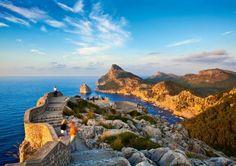 Place: Cap de Formentor, #Mallorca / Balearic Islands, #Spain. Photo by Doug Pearson (National Geopgrapic)