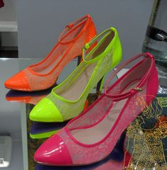 tendências em cores [sapatos]  Marca: Miezko  Foto fornecida pela assessoria de imprensa da marca.