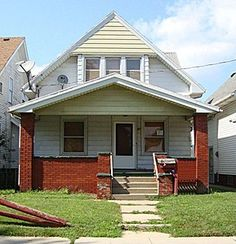 A Classic RebuildUS story: 2-story single family house in Toledo, Ohio was foreclosed upon by the bank. It has great bones and will become an excellent home for the right buyer. Would that be you?    3 bedrooms and 1.0 bathrooms; 7 total rooms totaling 1,331 square feet. It is located at 49 E Hudson St Toledo, Ohio.    This property will require some work, so a handy person or contractor might be the right fit.     Only $2,000 down and $402 a month - financing provided by the seller.