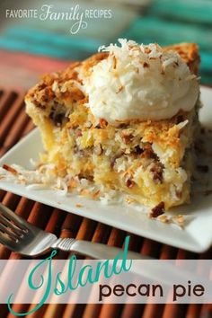 This Island Pecan Pie recipe comes from a famous pie diner in Arkansas. This Island Pecan Pie recipe comes from a famous pie diner in Arkansas. It is loaded with pineapple, coconut, and pecans in a delicious creamy filling. Pecan Pies, Best Pecan Pie, Apple Pies, Pecan Pie Cobbler, Pecan Pie Cake, Köstliche Desserts, Delicious Desserts, Dessert Recipes, Yummy Food