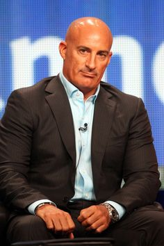 HBD Jim Cantore February 16th 1964: age 51 Jim Cantore, Bald Men, New Girlfriend, The Weather Channel, Dating After Divorce, Well Dressed Men, Celebs, Celebrities, Net Worth