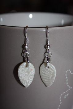 boucles d'oreille fimo blanc nacré : Boucles d'oreille par les-creations-fimo-de-marie