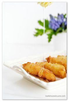 crespelle-riso Sicilian Recipes, Desserts, Food, Tailgate Desserts, Dessert, Postres, Deserts, Meals