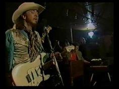 laut.fm Blues Rock Radio Köln: Stevie Ray Vaughan - Ain't Gone 'n' Give Up On Love http://musikkarlsruhe.blogspot.com/ http://laut.fm/bluesclub Gitarre NRW