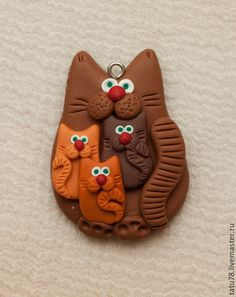 Polymer Clay Cat, Polymer Clay Charms, Polymer Clay Jewelry, Clay Art Projects, Polymer Clay Projects, Biscuit, Hand Crafts For Kids, Clay Cats, Paper Bouquet