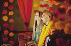 Pakistani American Wedding Mehndi Washington DC6 550x365 Rita + Imis Pakistani American Wedding Mehndi