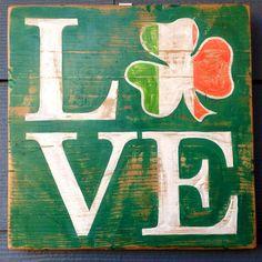 Shamrock Irish Flag St. Patrick's Day Irish by HotShotPalletworks I want this