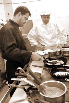 Michel Sarran, chef 2 étoiles Michelin, en cuisine @ Laurent Barranco #visiteztoulouse #toulouse #gastronomie #gastronomy Top Chef
