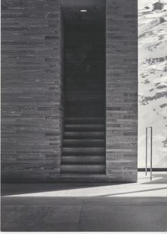 Thermal Baths in Vals by Peter Zumthor (video) | http://www.designrulz.com/architecture/2013/01/thermal-baths-in-vals-by-peter-zumthor/