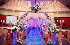 quality_Acrylic_stage_wedding_decoration_ideas.jpg (660×429)