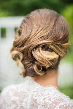 Elegant bridal updo | Photo by Jaclyn Auletta