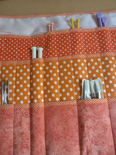 Porta Agulhas,trico,croché e circulares,feito em tecido 100% algodão,estruturada c/ manta acrílica.