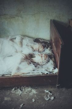 The Two Sisters by Laura Makabresku #photography #sisters