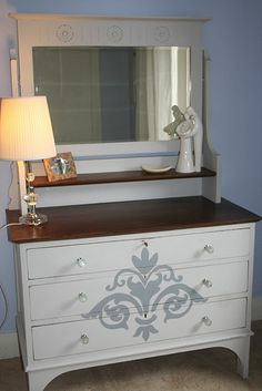 paint dresser gray with white design