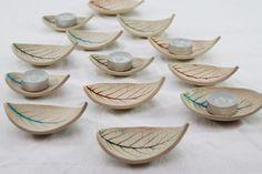 Single Leaf Stoneware Ceramic Ring Bowl Candle Holder Dish in Turquoise Blue £8.00