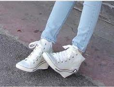 . High Heel Sneakers, Sneaker Heels, High Heel Boots, Adidas Sneakers, High Heels, Adidas Stan Smith, Chuck Taylor Sneakers, Sneakers Fashion, Leopards