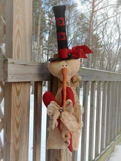 FOLK Art PrimiTive ValenTines Day Red Key Heart GruNgy SNOWMAN DOLL DecoraTion #PrimitiveLook #MelissaHarmon