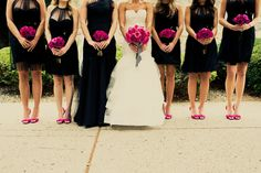Lauren + Mike: A Fuchsia and Black NYC-Themed Wedding by Calynn Berry - Project Wedding Blog