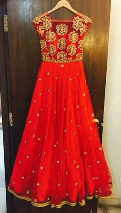 15 Best Ideas For Indian Bridal Lehenga Red Beautiful Colour Indian Look, Indian Ethnic Wear, Salwar Designs, Blouse Designs, Hindus, Indian Dresses, Indian Outfits, Long Gown Dress, Long Dresses