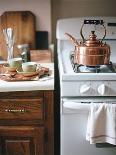 ♕ Simplex English copper kettle ~ I used to have one just like it, but didn't care for all the polishing. Now, I have the chrome one. Simple is good. :)