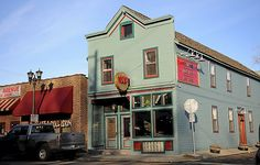 "20 Twin Cities Restaurants You'll Add to Your 'To Eat"" List- Ward 6 Food & Drink Eastside, St. Paul. (Pioneer Press: John Autey)"