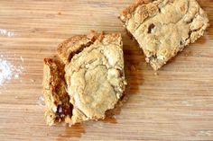 Chocolate Chip Peanut Butter Swirl Blondies #EatLiveRun