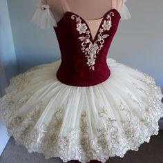 The Levels of Adult Ballet Tutu Ballet, Ballet Wear, Ballet Dancers, Dance Outfits, Dance Dresses, Party Dresses, Pretty Costume, Ballet Performances, Ballet Clothes