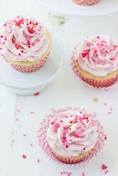 Vanilla Cupcakes with Strawberry Mascarpone Frosting