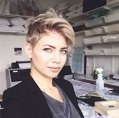 Pixie Crop Hairstyles 2017 To Look Chic - Goostyles.com ...