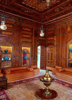 Shangri La, Doris Duke's Moroccan style home in Hawaii.