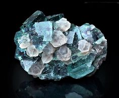 Fluorite and Quartz Locality: Okoruso Mine,. - A love for minerals Minerals And Gemstones, Rocks And Minerals, Natural Gemstones, Mineral Stone, Rocks And Gems, Belleza Natural, Stones And Crystals, Beautiful, Gift Suggestions