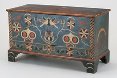 Chest with drawers, decoration attributed to Johannes Spitler (1774-1837), Shenandoah (now Page) County, Va., ca. 1800