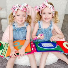 Tracing Activity  Dry Erase White Board Quiet Book Page byTinyfeats, promote early literacy in preschoolers Educational Toys For Kids, Educational Activities, Kids Toys, Learning To Write, Writing Practice, Learning Toys, Diy Quiet Books, Felt Books, 4 Year Old Activities