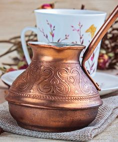 Want to know about a quick and no-pain way to get copper supplement? Simply store your potable water in a copper vessel at night and drink it the next morn. Copper Vessel, Copper Cups, Benefits Of Drinking Water, Access To Clean Water, Bodily Functions, Simple Elegance, Alternative Medicine, Health And Wellness, Household