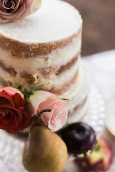 Naked cake with roses | Live View Studios | see more on: http://burnettsboards.com/2015/03/anne-green-gables-wedding-inspiration/