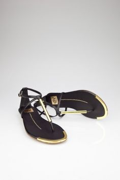 Archer sandal in black stella DV by Dolce Vita