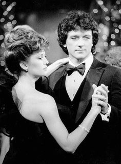 Dallas Bobby and Pamela Ewing Falcon Crest, Patrick Duffy, Dallas Tv Show, Victoria Principal, Texas, Tv Couples, Celebs, Celebrities, Good Movies