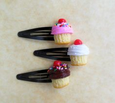 Hey, I found this really awesome Etsy listing at https://www.etsy.com/listing/156547164/polymer-clay-cupcake-hair-clips-snap