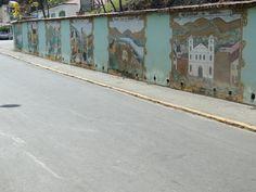 Muro do Museu do Seminário, em Pirapora, contando a história da cidade através de pinturas