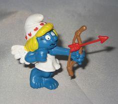 SMURFETTE Cupid Shooting an Arrow Hearts Vintage LOVE Smurfs Valentine #PeyoSchleich