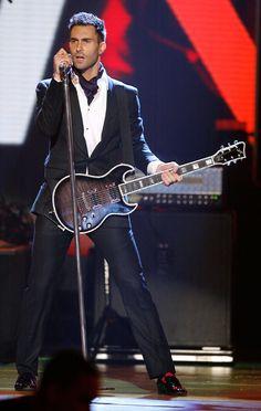 Adam Levine. The sexiest skinny guy ever.