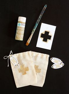 DIY Wedding Hangover Kit with personalized favor tags from Evermine {www.evermine.com}
